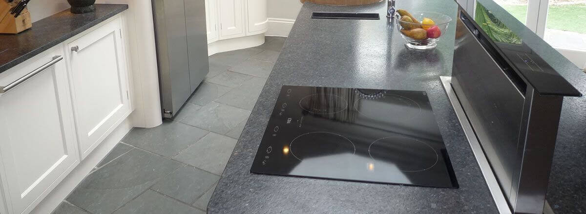 expert hob and extractor cleaning in Middlesex